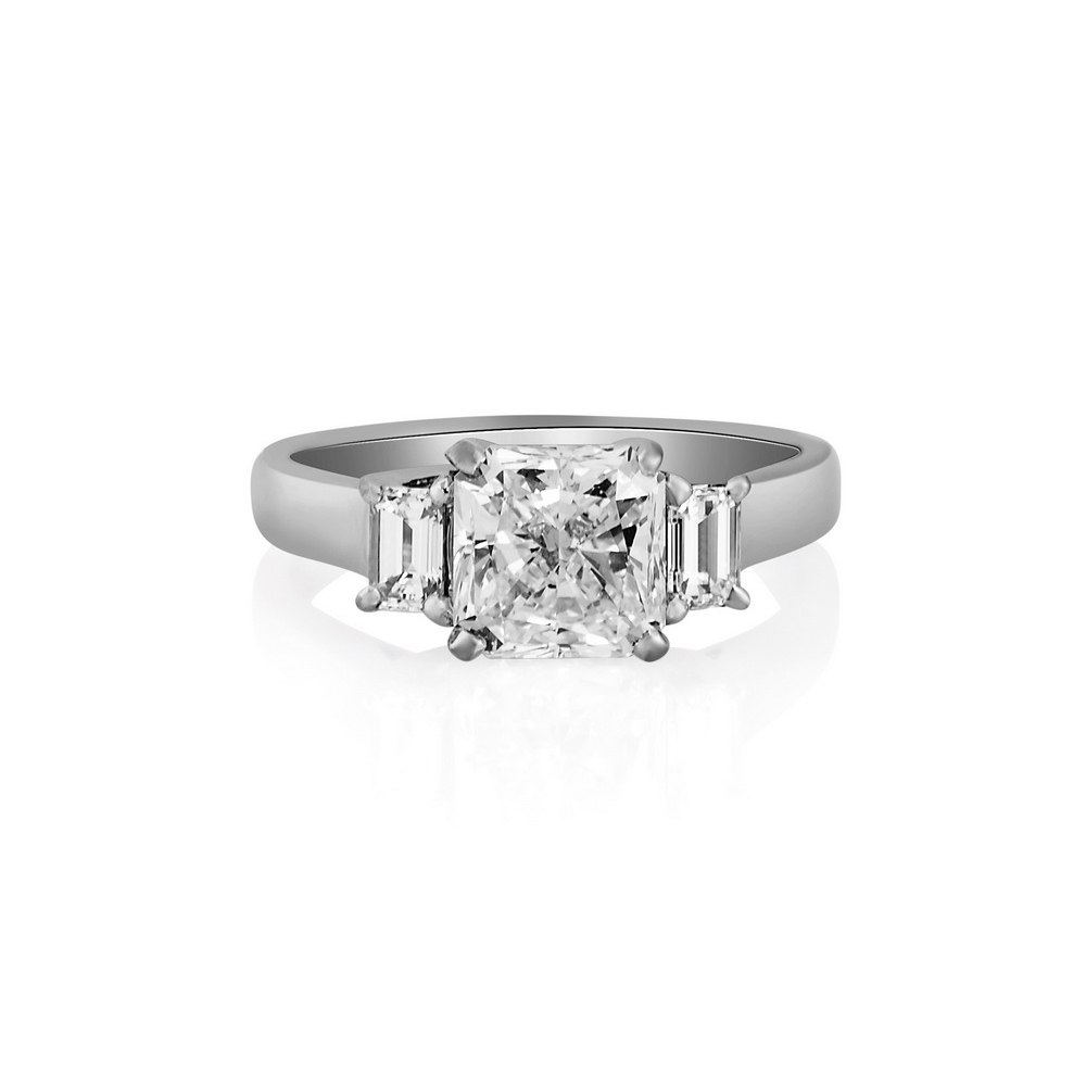 KESSARIS Solitaire Radiant Diamond Ring DAP143789