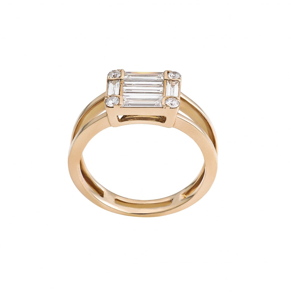 KESSARIS Diamond Cluster Emerald Ring DAE171637