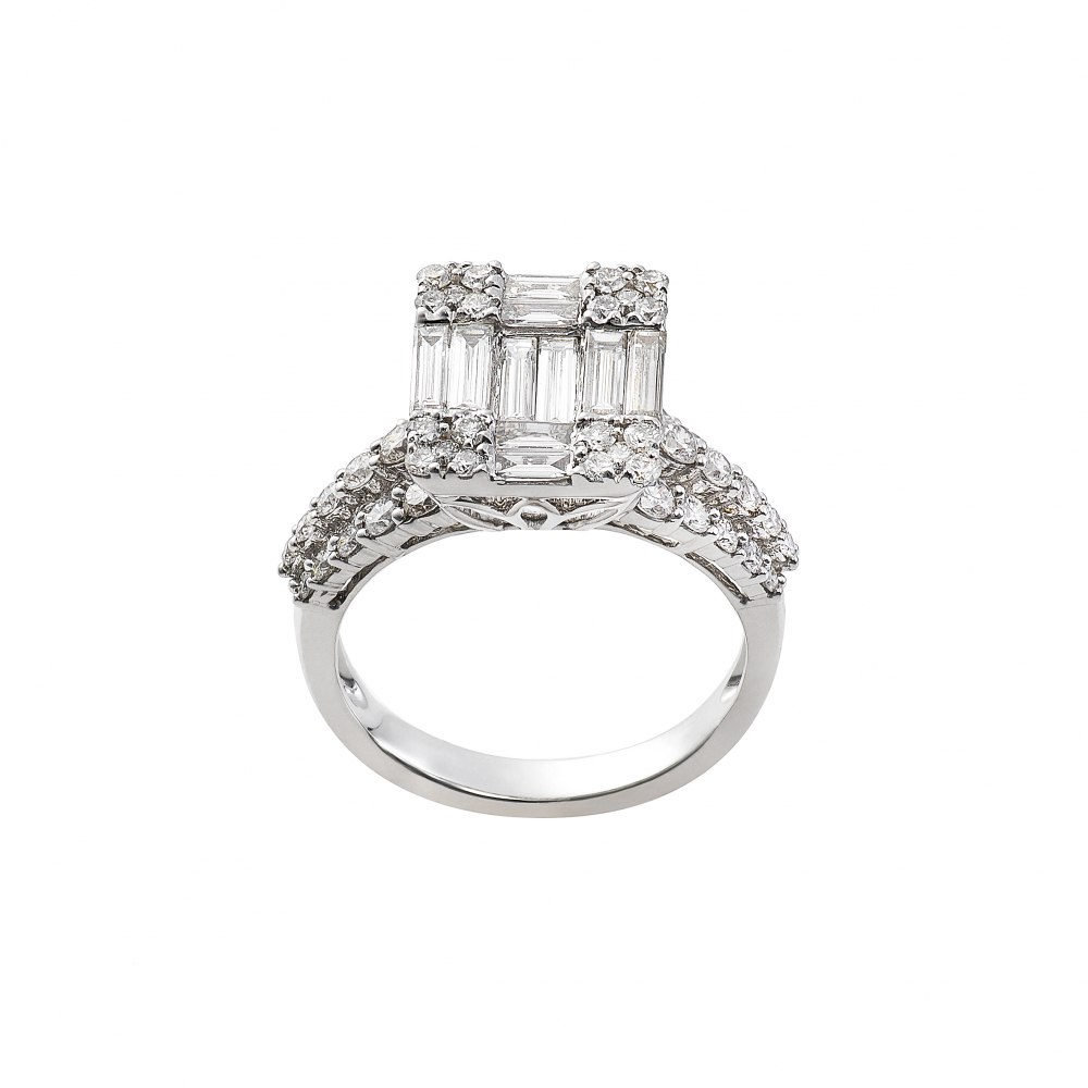 KESSARIS Diamond Cluster Emerald Ring DAE172599