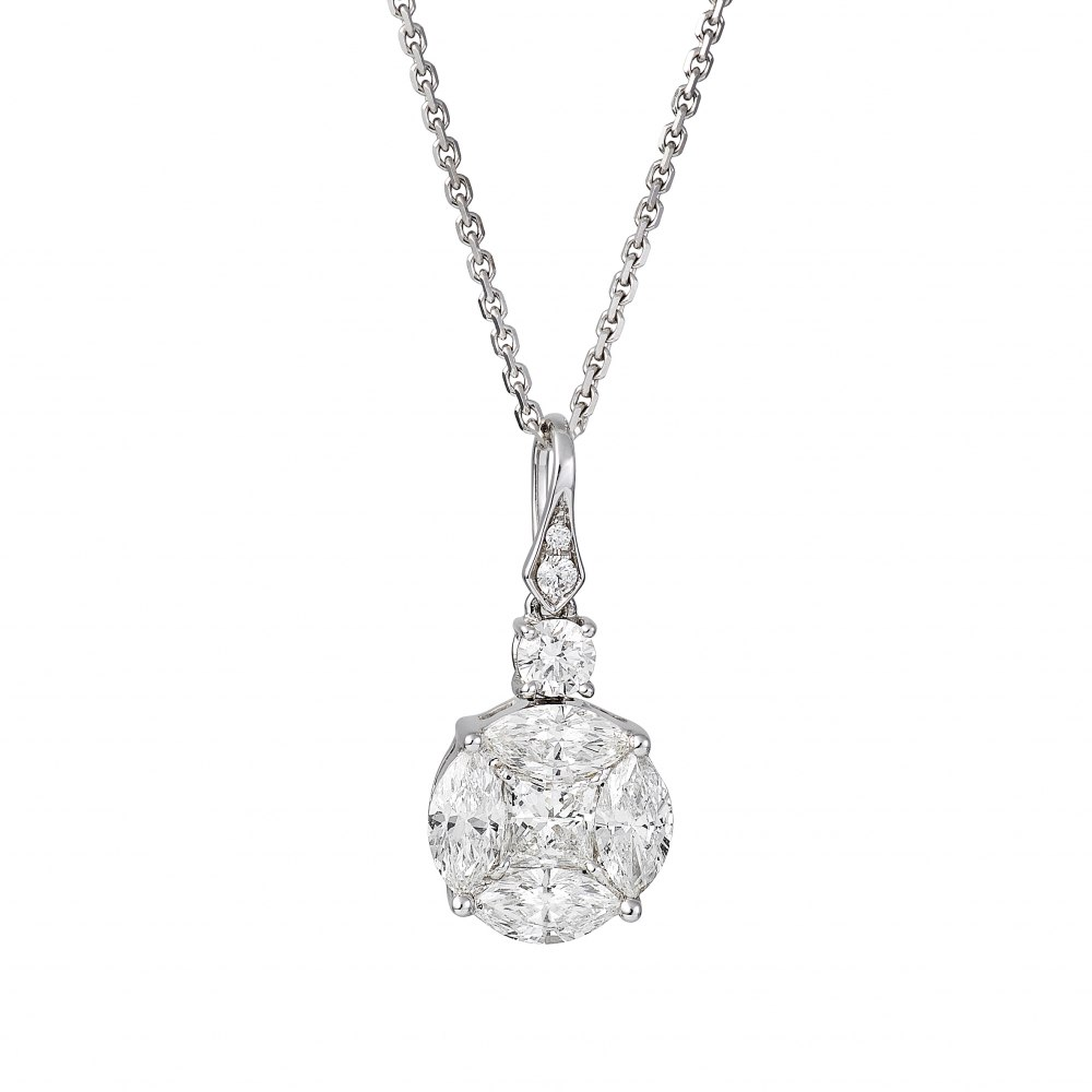 KESSARIS Diamond Cluster Round Pendant Necklace KOE151159