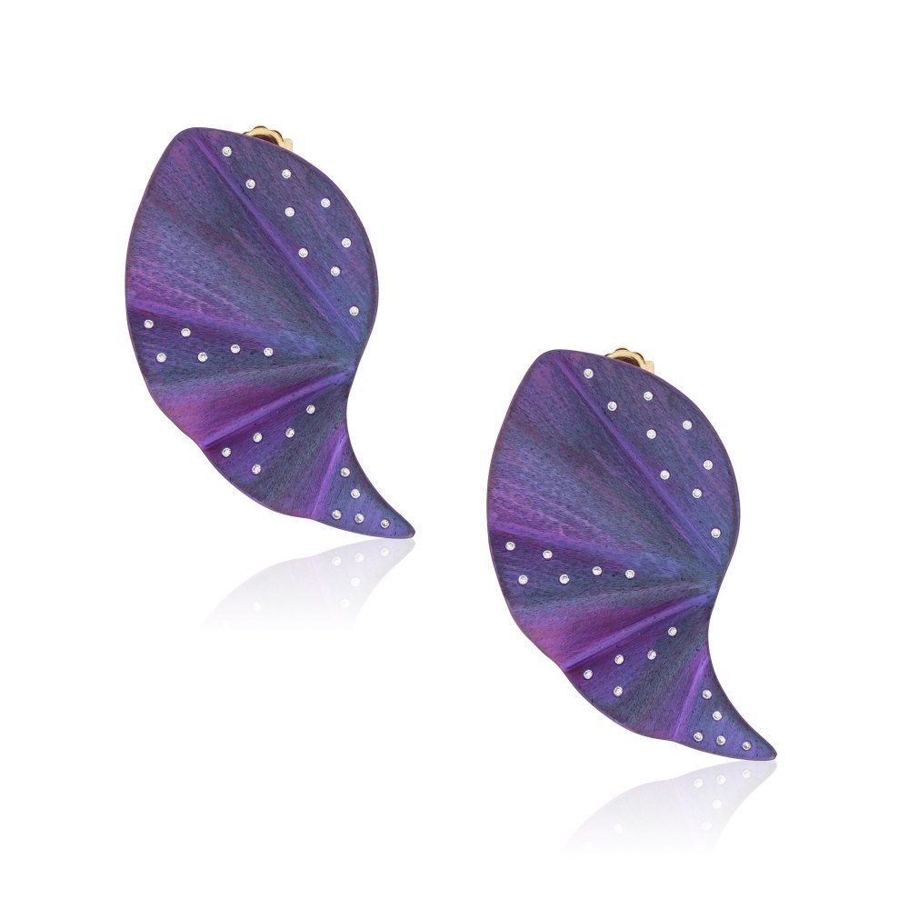 ANASTASIA KESSARIS Curvy Geisha Purple Titanium Diamond Earrings SKP182100_PU