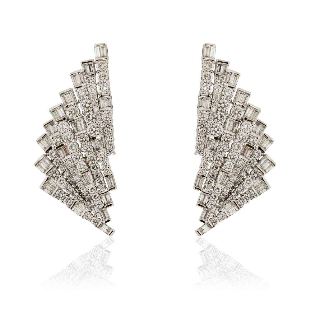 KESSARIS Geometric Fan Diamond Earrings SKP181105