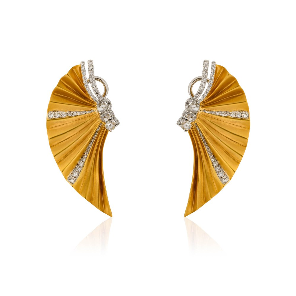 KESSARIS Gold Plisse Earrings SKE180978