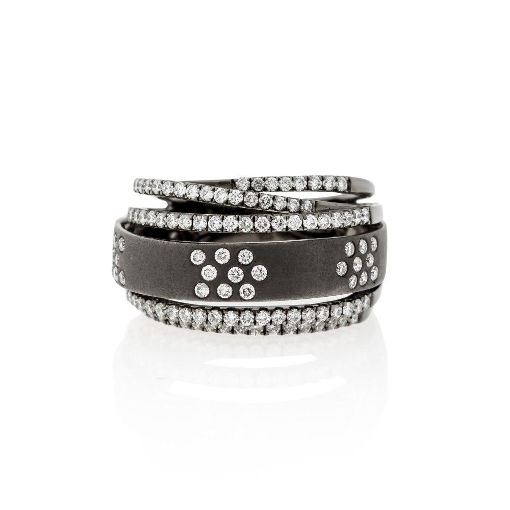 KESSARIS Gold & Diamond Black Contemporary Ring DAE143781