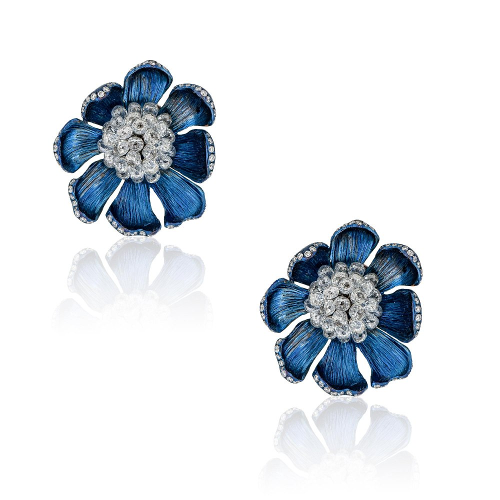 KESSARIS Briolette Flower Gold & Titanium Earrings SKE190880