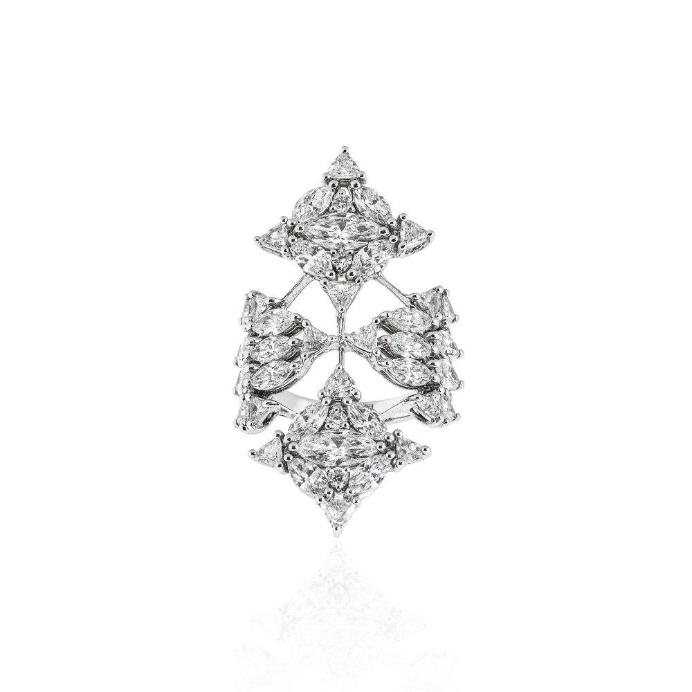 KESSARIS Diamond Shield Ring DAE162632