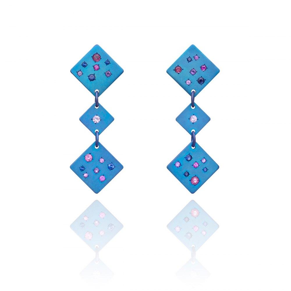 ANASTASIA KESSARIS Drunk Dice Blue Titanium Sapphire Earrings SKP171900