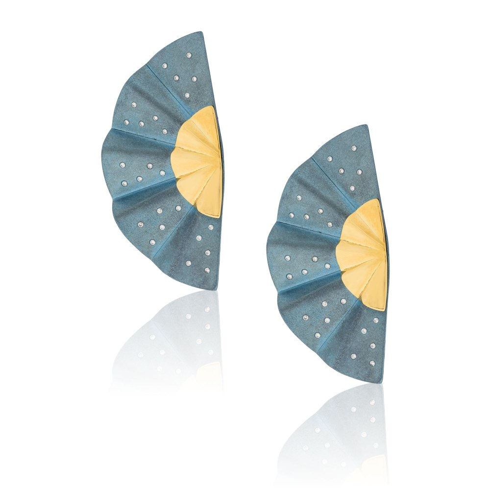 ANASTASIA KESSARIS Golden Geisha Light Blue Titanium Diamond Earrings SKP182117_LB