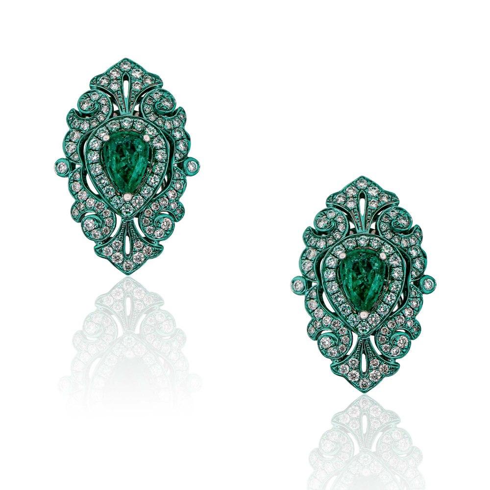 KESSARIS Emerald & Diamond Earrings SKE192625