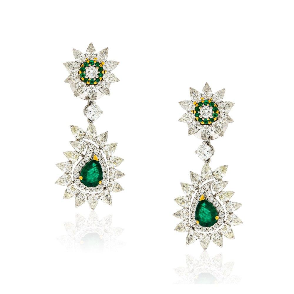 KESSARIS Emerald & Diamond Teardrop Earrings SKE190772