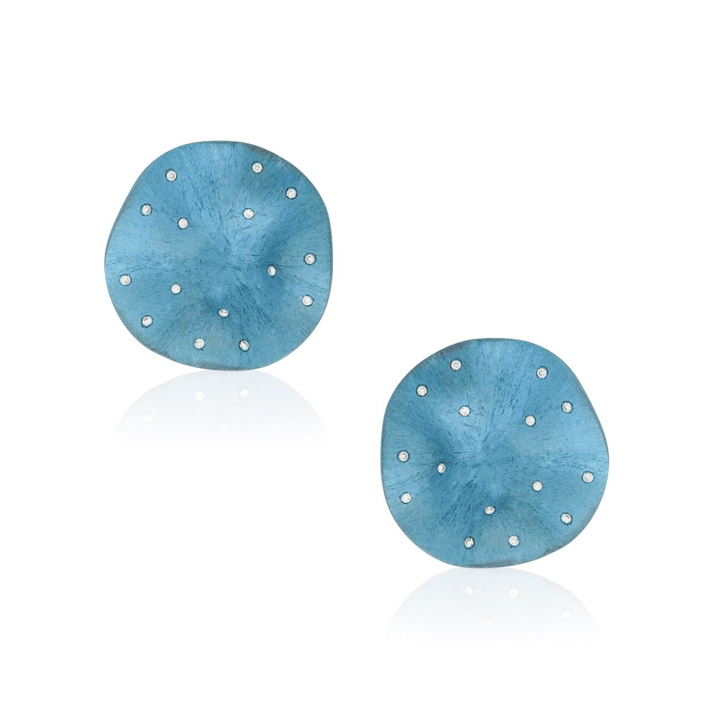 ANASTASIA KESSARIS Eye Candy Light Blue Titanium Diamond Earrings SKP172021-25