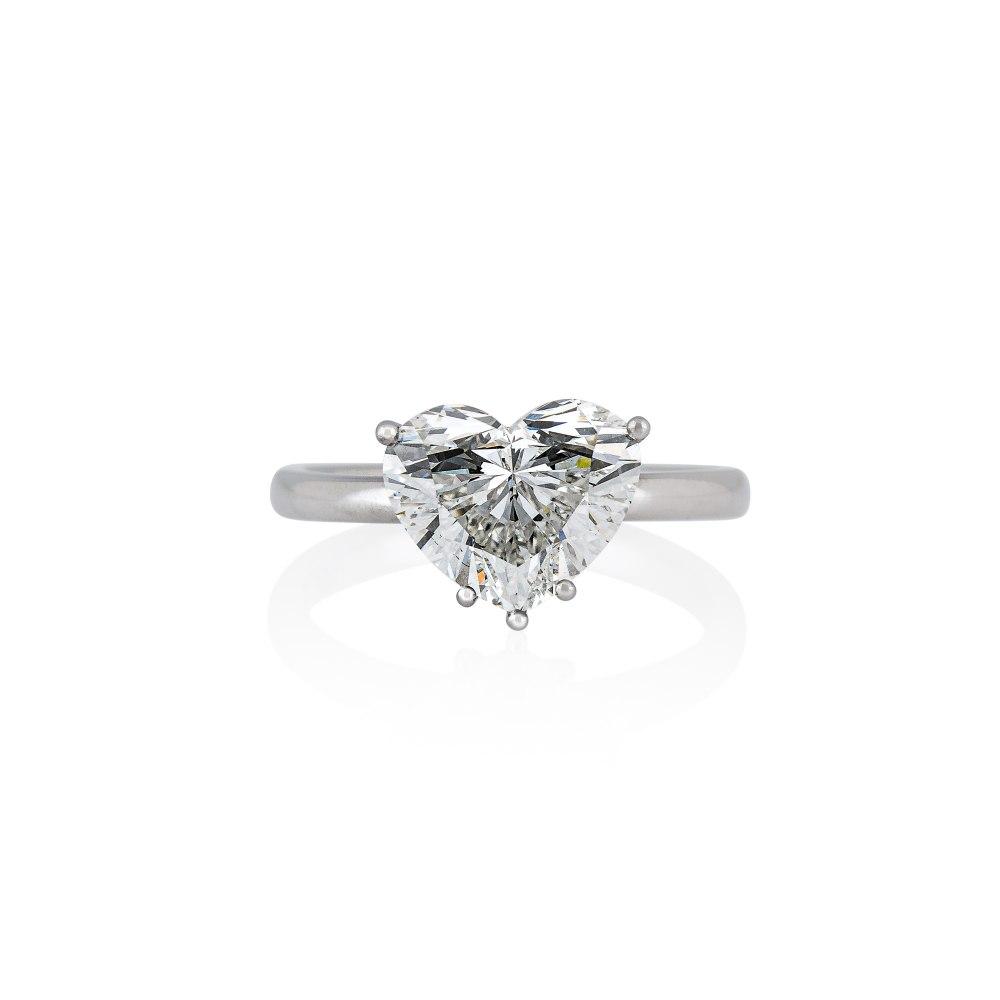 KESSARIS Heart Diamond Ring DAE192912