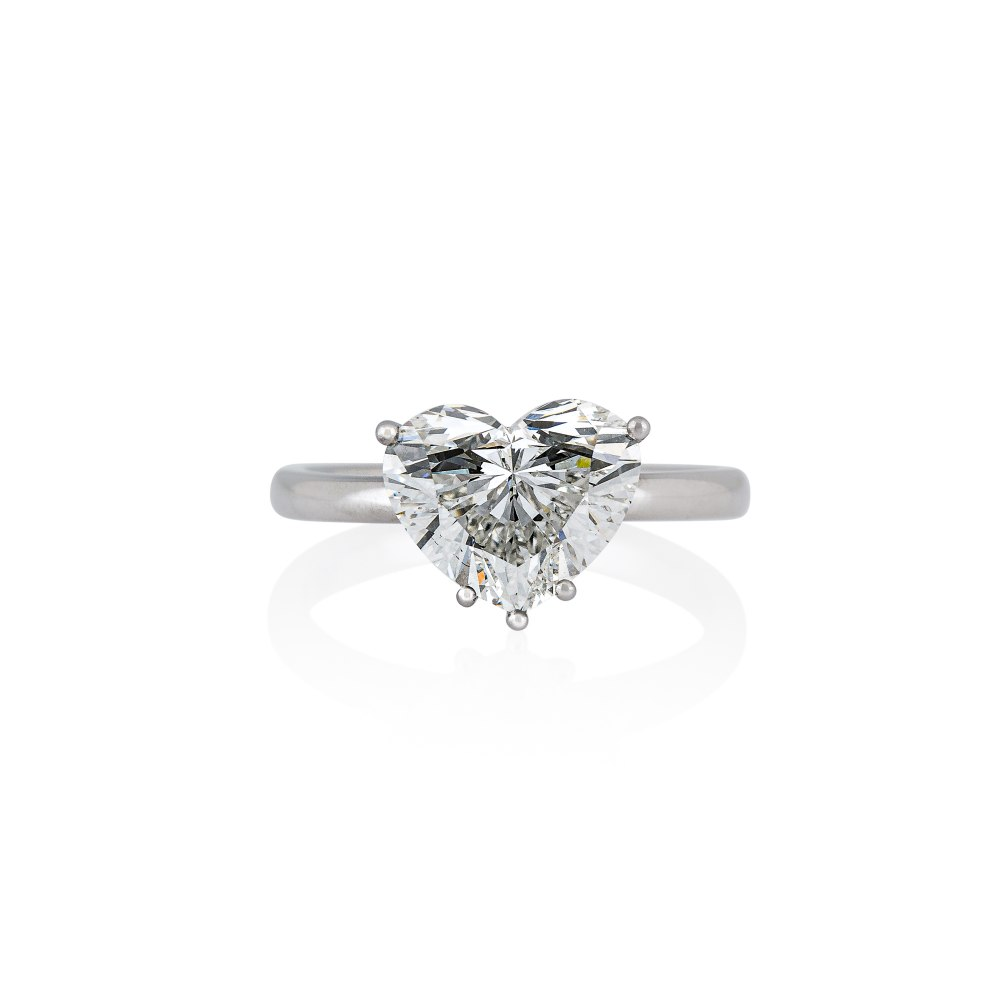 KESSARIS Heart Diamond Ring DAE192912