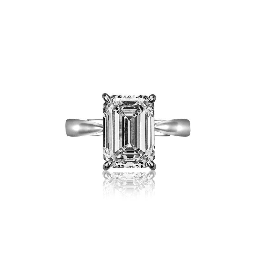 KESSARIS Emerald Cut Diamond Ring DAP142292