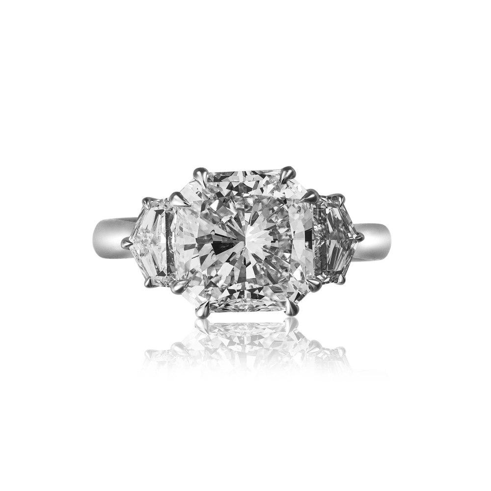 KESSARIS Radiant and Shield Cut Diamond Ring DAP171796