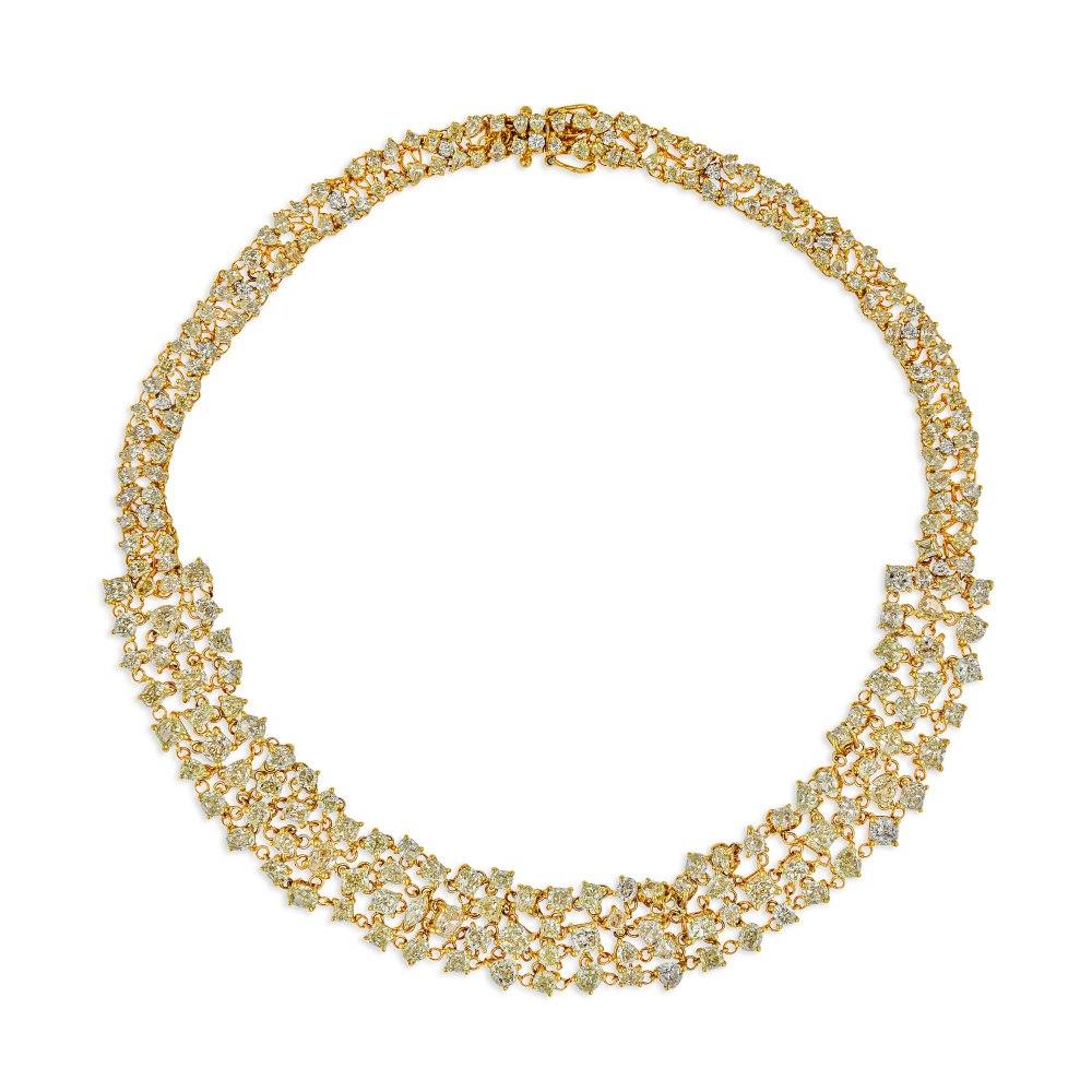 KESSARIS Rose & Brilliant Cut Diamond Necklace KOP172156