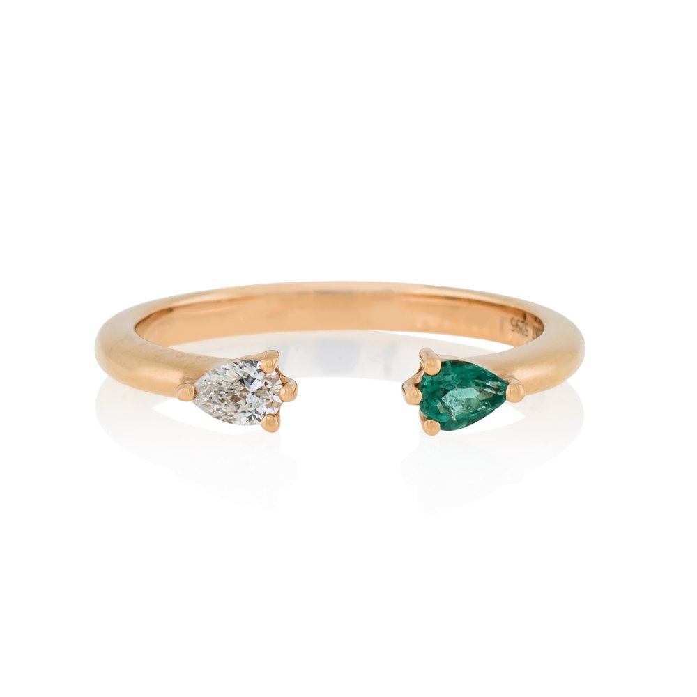 KESSARIS Emerald and Diamond Gold Ring DAE182486
