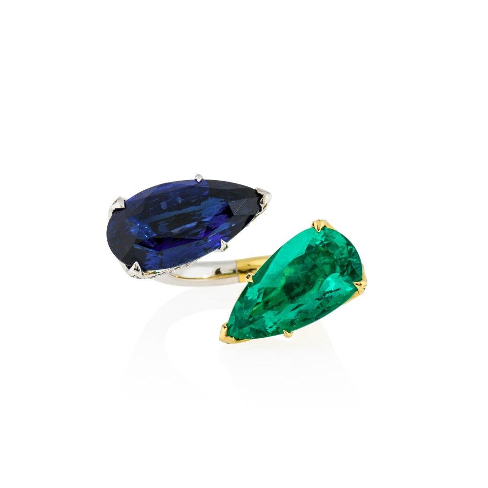 KESSARIS Sapphire & Emerald Statement Ring M4226