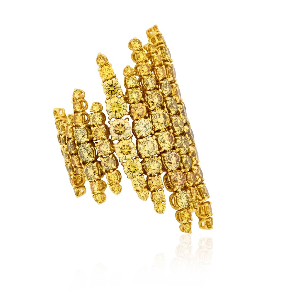 KESSARIS Yellow Diamond Statement Ring DAP182634