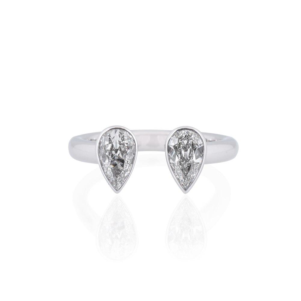 KESSARIS Double Drop Diamond Ring M4421