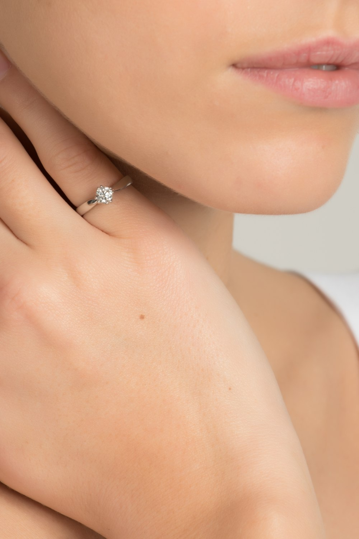 Solitaire Brilliant Diamond Ring
