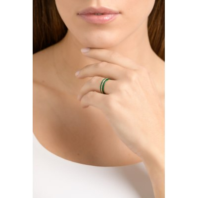 Green Band Diamond Ring