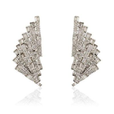 Geometric Fan Diamond Earrings
