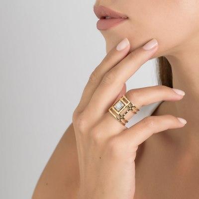 Kessaris Contemporary Diamond Ring