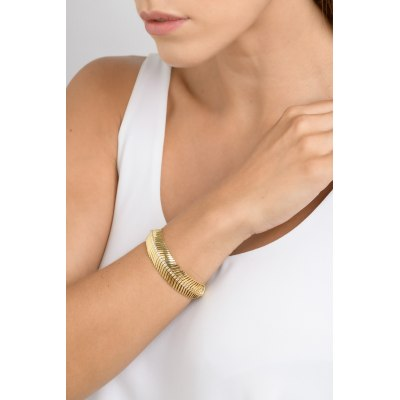 Kessaris-Gold Diamond Feather Bracelet