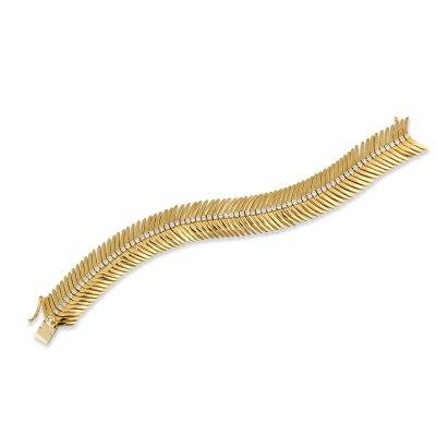 Kessaris-Gold Diamond Feather Bracelet